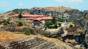 Monastery-Meteora_729-620x349