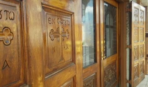 St Vasilios Church entrance1